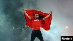 Një tifoz i ekipit shqiptar, tetor 2015