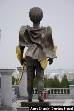 The ancient Turkmen warrior looks out toward Ashgabat.