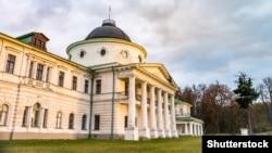 Палац родини Тарновських у Качанівці Чернігівської області (сучасний вигляд)