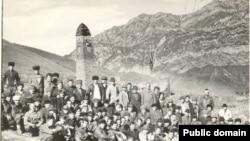 Russia -- Chechen village Kaibakh. 8Oct1989