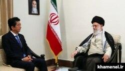 دیدار نخستوزیر ژاپن با آیتالله خامنهای