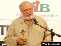 """Rüstəm İbrahimbərov """"Media açarı"""" mükafatına layiq görülür, 2010"""