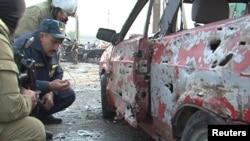 Место взрывов в Махачкале, 4 мая 2012