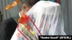 Невеста на свадьбе в Таджикистане. Иллюстративное фото.