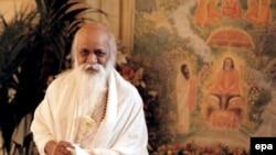 Махариши подсчитал: если трансцендентальную медитацию освоит всего лишь 1% жителей Земли, на ней воцарится вечный мир