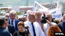 Бойко Борисов в Асеновград, един от четирите града, посетени от него в понеделник в качеството му на министър-председател.