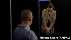 Vasile Botnaru și Octavian Țîcu în studioul Europei Libere la Chișinău