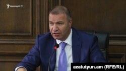 Депутат парламентской фракции «Процветающая Армения» (ППА) Микаел Мелкумян, 16 сентября 2016 г.