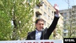 Кандидатом от правящей партии стал нынешний мэр Тбилиси 34-летний Гиги Угулава