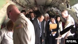 Kyrgyz deputies tour aircraft at the NATO Transit Center.