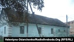 Цю хатину збудували майже сто років тому мирогощанські чехи