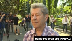 Петро Засенко, поет