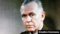 Генерал Джордж Маршалл, госсекретарь США (1947-49) и министр обороны США (1950-51)