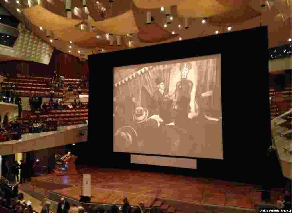 Премьера отреставрированной версии «Кабинета доктора Калигари» прошла в берлинской филармонии