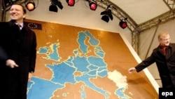 С нового года Болгария и Румыния будут окрашены в один цвет с другими странами Евросоюза