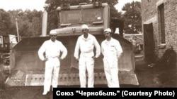"""Специалисты красноярской """"Сибцветметавтоматики"""" в Чернобыле"""