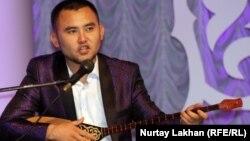 Мұхтар Ниязов, айтыскер ақын. Алматы, 8 мамыр 2013 жыл.