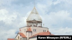 Լեռնային Ղարաբաղի Ազգային ժողովի շենքը:
