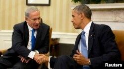 Израиль премьер-минстрі Беньямин Нетаньяху (сол жақта) мен АҚШ президенті Барак Обама. Вашингтон, 30 қыркүйек 2013 жыл.
