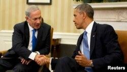 АҚШ президенти Барак Обама Исроил бош вазири Бинямин Нетаняҳу билан, Вашингтон, 2013 йилнинг 30 сентябри.