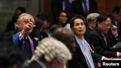 Liderka Mijanmara u sudnici u Hagu.