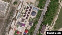 2009-жылы Бишкек шаарынын мэриясынын №327 токтому менен Байтик баатыр көчөсүндөгү берилди деген жерлерге салынган үйлөр. 2019-жыл.