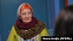 Disciplinovanje Vojvodine preko RTV-a: Janja Beč
