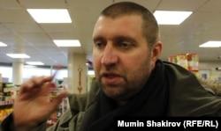 Дмитрий Потапенко за покупками.