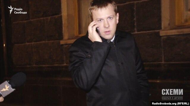 Співголова групи партії «Відродження» Віталій Хомутиннік
