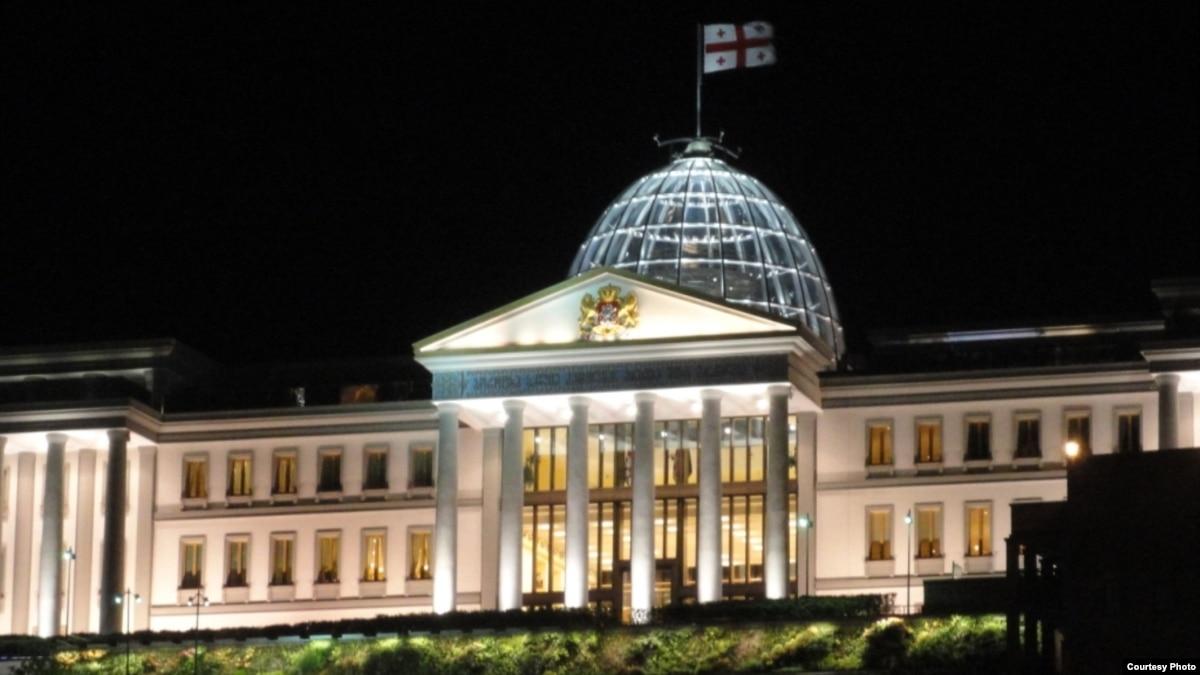Премьер-министр Грузии заявил об уходе в отставку
