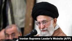 رهبر ایران میگوید «علت تهاجمهای بیسابقه کنونی بر ضد نظام اسلامی، قدرت روزافزون این نظام است».