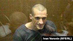 Петр Павленский в зале суда, 16 мая 2016 г.