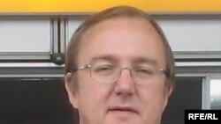 Ташкилот раҳбари Виталий Пономарёв.
