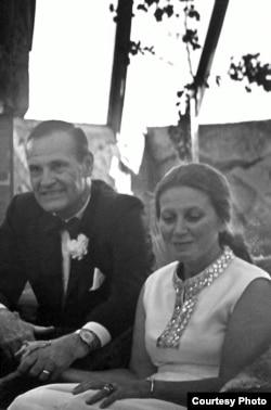 Світлана Аллілуєва і Веслі Пітерс. Фото 1970 року з архіву Джона Амарантідеса