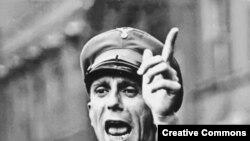 Joseph Goebbels nasist mitinqində, 1930-cu illər