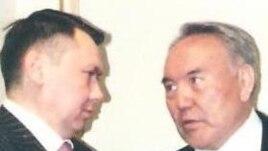 Rakhat Aliev (left) and his former father-in-law, Kazakh President Nursultan Nazarbaev