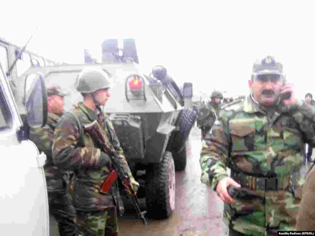 Военные из внутренних войск МВД Азербайджана