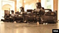 Часть сотрудников телеканала создала инициативную группу, которая выразила недоверие попечительскому совету