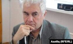 Алик Локманов