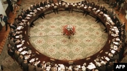 Круглый стол – переговоры между властью и оппозицией. Варшава. 6 февраля 1989