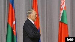 Нурсултан Назарбаев был сдержан в оценке результатов очередного саммита СНГ