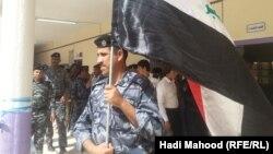 یکی از شعبههای رایگیری برای نیروهای امنیتی و سربازن عراق