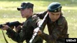 Казахстанские солдаты на учении (иллюстративное фото).