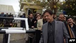 عمران خان: د مشال خان وژونکو ته به سخته سزا ورکړل شي.