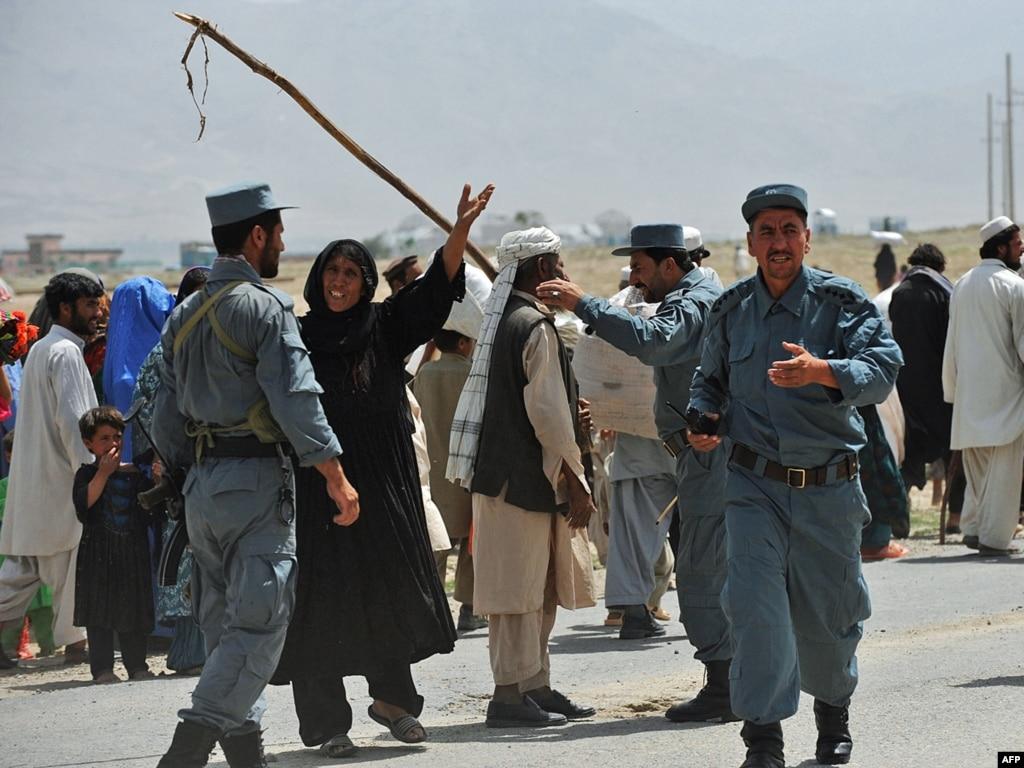 taliban pashtun and hazara relationship