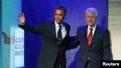 Presidenti Barack Obama (majtas) dhe ish presidenti Bill Clinton, në kuadër të Iniciativës Globale Clinton në Nju Jork