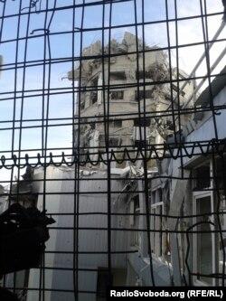 Вигляд на вежу ДАПу після її обвалу (Фото: Роман Трубін)