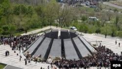 Єреван. Меморіал жертвам 1915 року