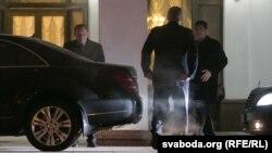 Леонид Кучма во время переговоров в Минске. Архивное фото
