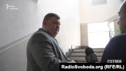 Заступник голови Апеляційного суду Київської області Олег Ігнатюк погодився розповісти про отримання землі, але не на камеру